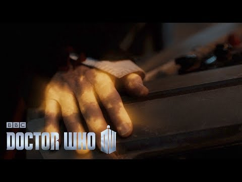 Shooting the Peter Capaldi to Jodie Whittaker regeneration scene - Doctor Who Christmas Special 2017
