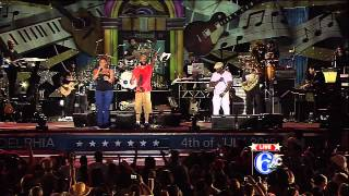 "Common w/ The Roots, DJ Jazzy Jeff, Queen Latifah - ""Medley"" - Live in Philly July 4 2012"