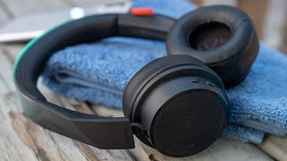 visual Tour: Plantronics BackBeat Fit 500 Wireless Workout Headphones