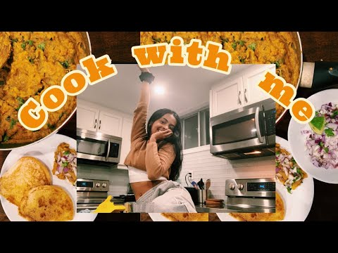 COOK WITH RAASH-  how to make pav bhaji, missing India 🇮🇳 👩🏾‍🍳