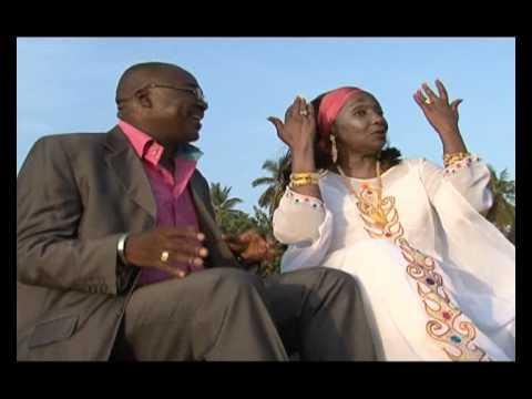 Aicha_Koné_ft_Sekouba_kandia_et_Singleton - Ambiance à conakry
