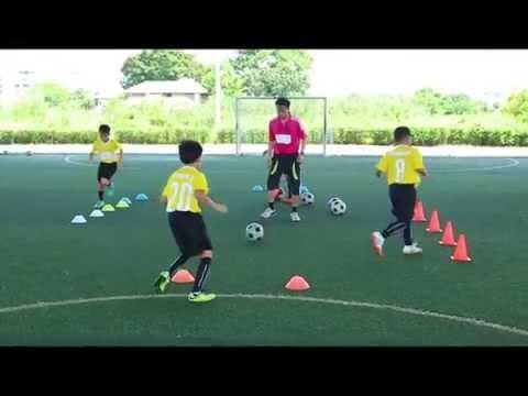 สอนฟุตบอลเด็ก by Smile Football Academy 27.08.2015