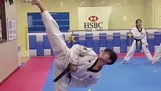 """مقطع تايكواندو سيشعرك بالحماس """" عجزت حقا عن التعبير عما يفعله الكوريون """"  مشاهدة ممتعة..."""