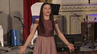 2018 Budapest Burns Supper - Sophie Craig, song and verse