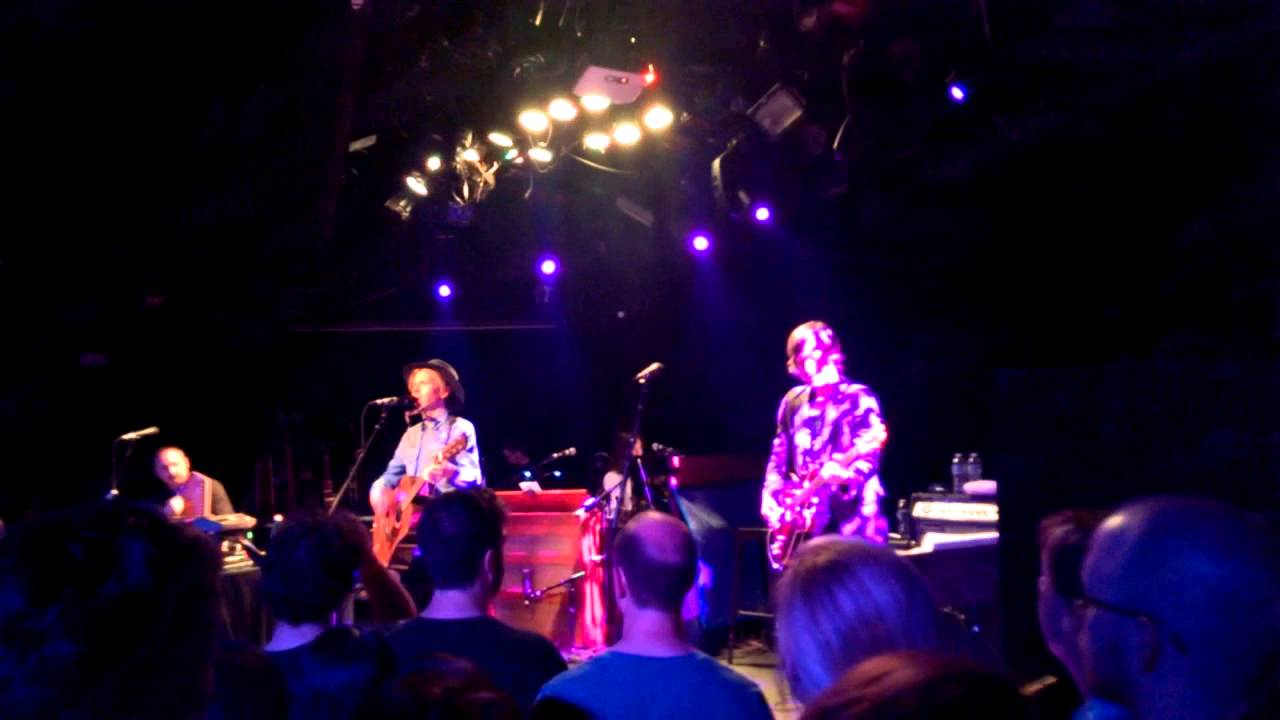 Beck strange invitation live acousticpoisson rouge youtube beck strange invitation live acousticpoisson rouge stopboris Gallery