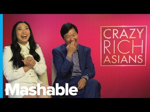 \'Crazy Rich Asians\' Stars Try and Fail to Guess These Iconic Romcom Quotes