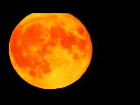Jaw-dropping footage of bright orange moon