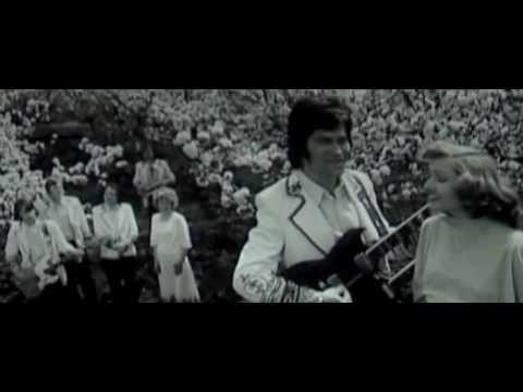 De ce plang chitarele - Formatia Contemporanul (NOROC) - YouTube