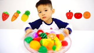 Xavi Learn Colors & Names of Fruits and Vegetables