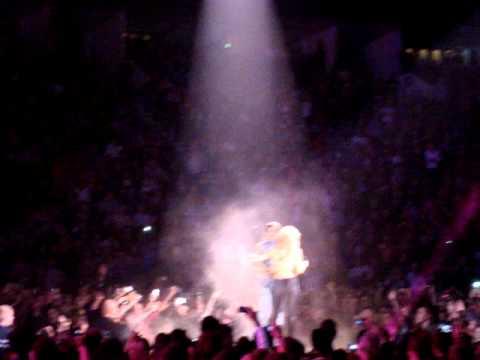 """Shakira Berlin Concert """"Whenever Wherever"""" 09.12.2010 @ O2 Arena"""