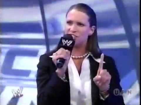 Stephanie McMahon General Manager Smackdown 2002