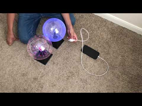 Plasma Ball Charges an Apple iPhone