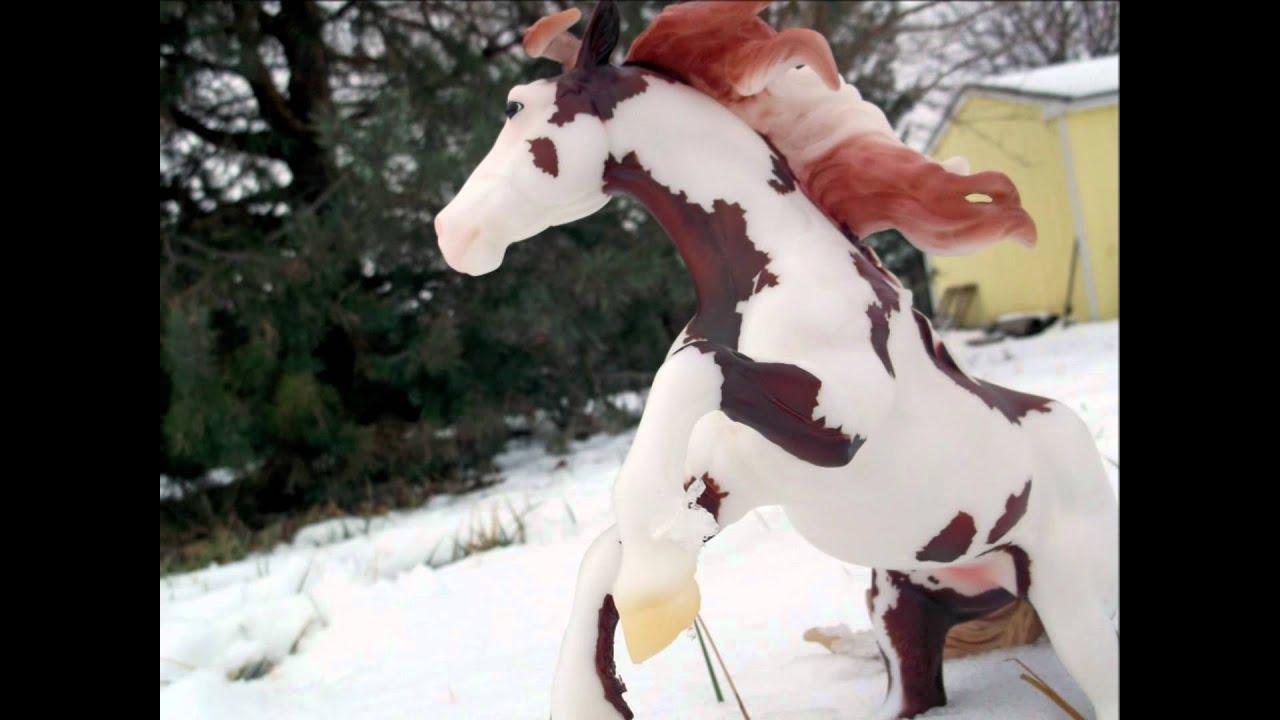 a breyer horse christmas snowflakes - Horse Christmas