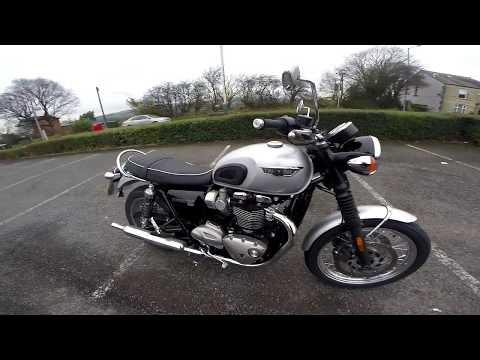 Triumph T120 Bonneville Test Ride