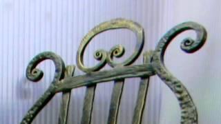 Красивый кованый стол и стул, художественная ковка(Красивый кованый стол и стул посмотреть здесь http://kovka-dveri.com/lekarstva30006 Заказать Красивый кованый стол и стул,..., 2016-09-01T07:54:32.000Z)