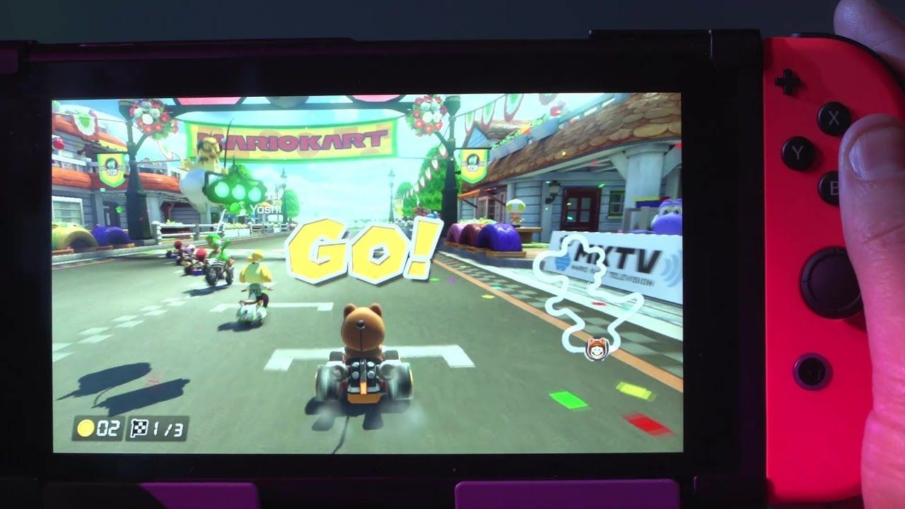 mario kart 8 deluxe played on the switch handheld youtube. Black Bedroom Furniture Sets. Home Design Ideas