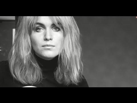 Ana Zhdanova- Au coin du monde (Keren Ann cover)