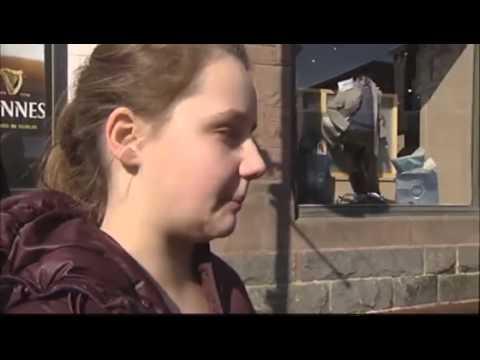 Students start blue ribbon anti-smoking campaign
