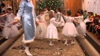 """""""Падает снег"""" танец в детском саду"""