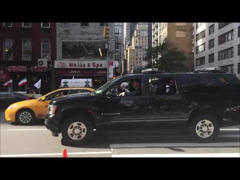 United States Secret Service Using The Manual Air Horn For Traffic As They Escort A VIP