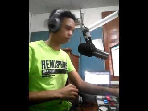 Kurara FM 98.9