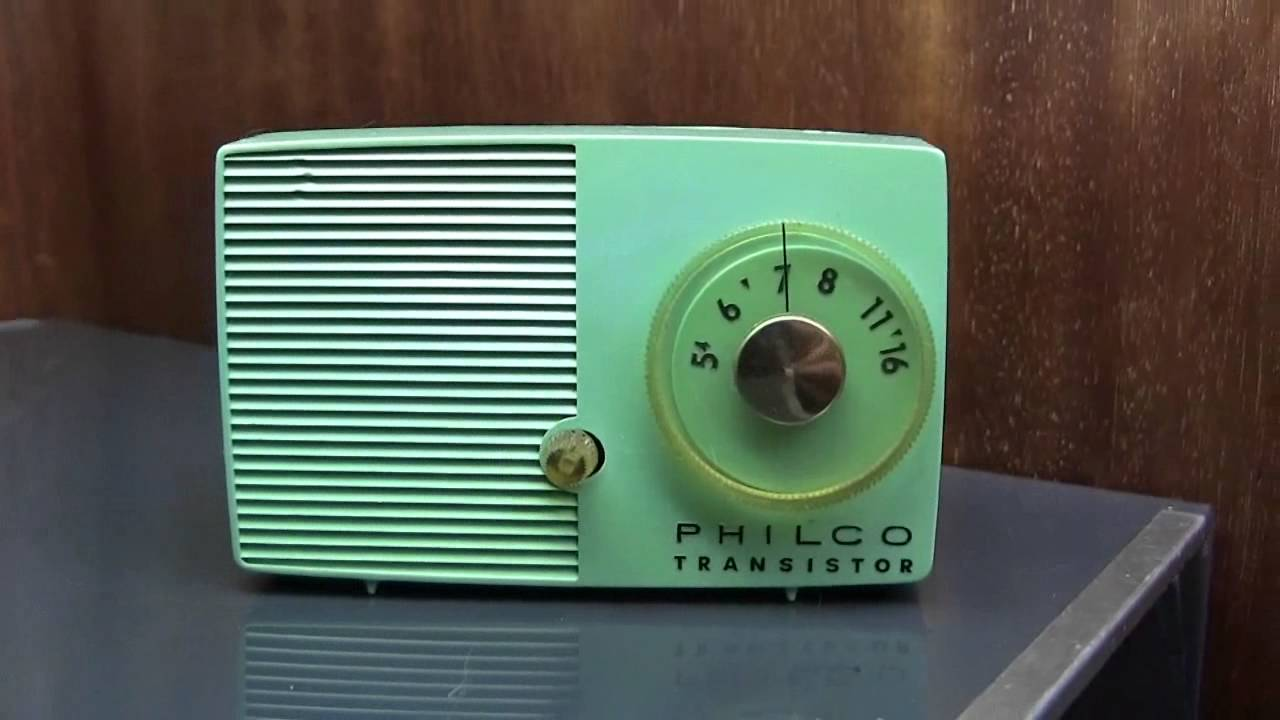 1957 Philco Transistor Portable Radio Model T4-124