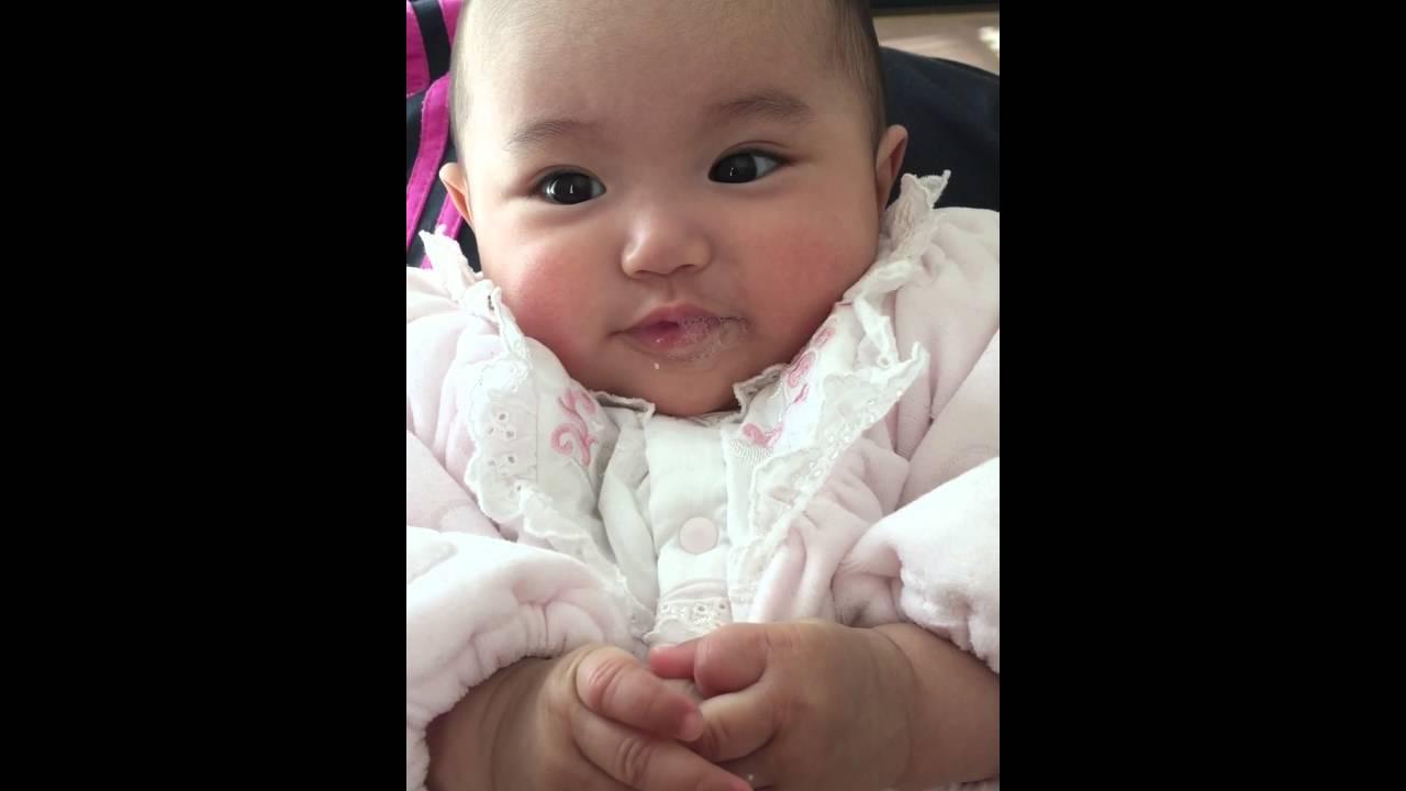 飛ばし 赤ちゃん 唾