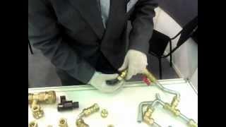 Монтаж нержавеющей гофрированной трубы(, 2012-11-30T10:12:29.000Z)