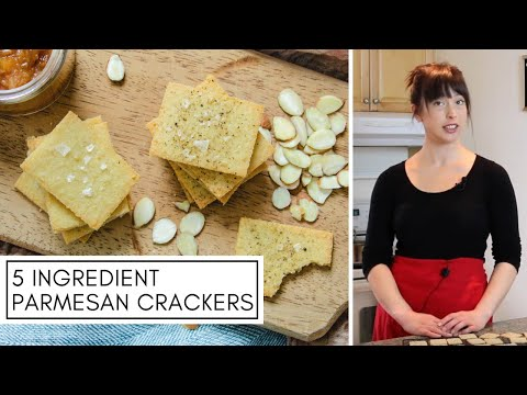 5 INGREDIENT ALMOND PARMESAN CRACKERS | Delicious & Low Carb