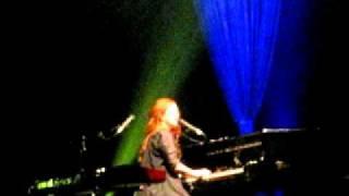 Mrs. Jesus- Tori Amos Live at the Orpheum