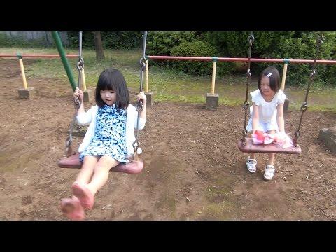 アンパンマンとメルちゃん 公園遊び ブランコ すべり台 ゆわももチャンネル 姉妹 Vlog ▶3:42