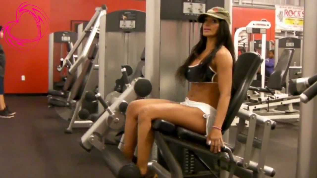 Leg Extensions and Leg Press - YouTube