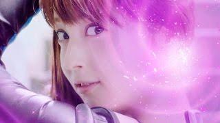 2015年7月14日 戦隊モノのヒロインの衣装で佐々木希さんが出演する「ク...