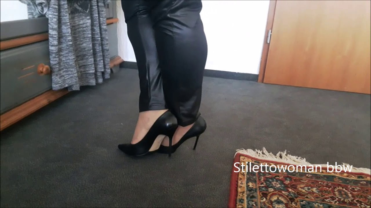 black Manolos, Stilettowoman bbw