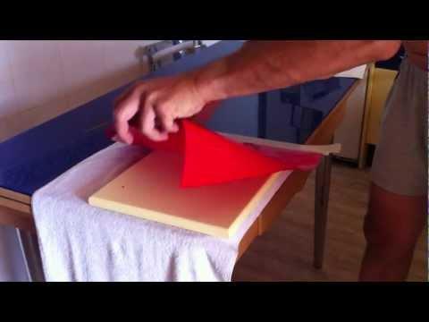 Restaurar los muebles de una cocina doovi for Como forrar muebles de cocina