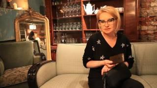 Эвелина Хромченко советует выбирать сумки правильного размера