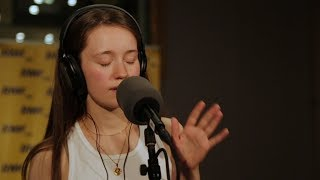 Sigrid - Sucker Punch (Poplista Plus Live Sessions)