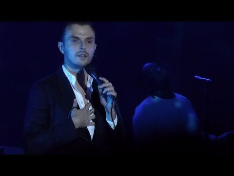 HURTS - Hold On To Me @ Prague, Forum...