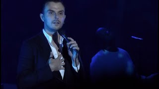HURTS - Hold On To Me @ Prague, Forum Karlin - 17.11.2017