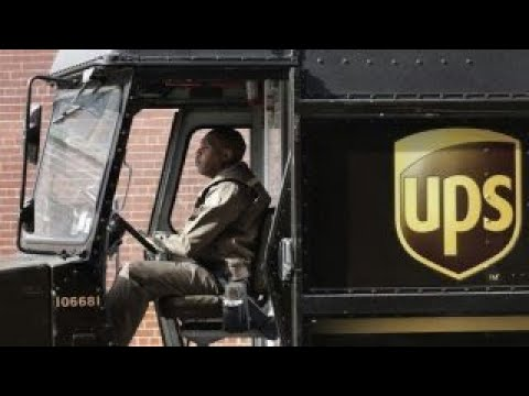 UPS issues holiday package delivery warning
