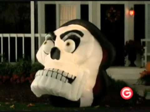 Animated airblown skull with moving eyes and jaw for Animated halloween decoration