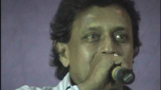 Raju Mundhra sharing stage space with childhood idol DADA in howrah
