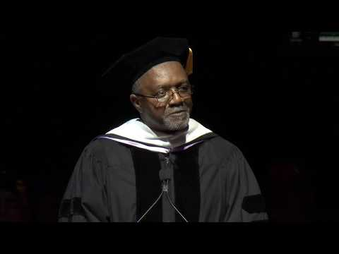 Kerry James Marshall keynotes Columbia College Chicago Commencement 2017