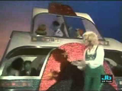 Teresa Brewer - Music, Music, Music (The Muppet Show - Nov 19, 1977)