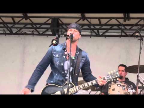 Fall Apart - Casey James - Berlin CT Fair 10/3/15