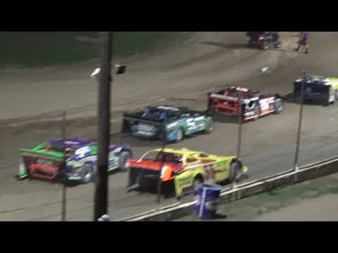 Late Model Feature Race at Crystal Motor Speedway, Michigan on 08-19-2017!!