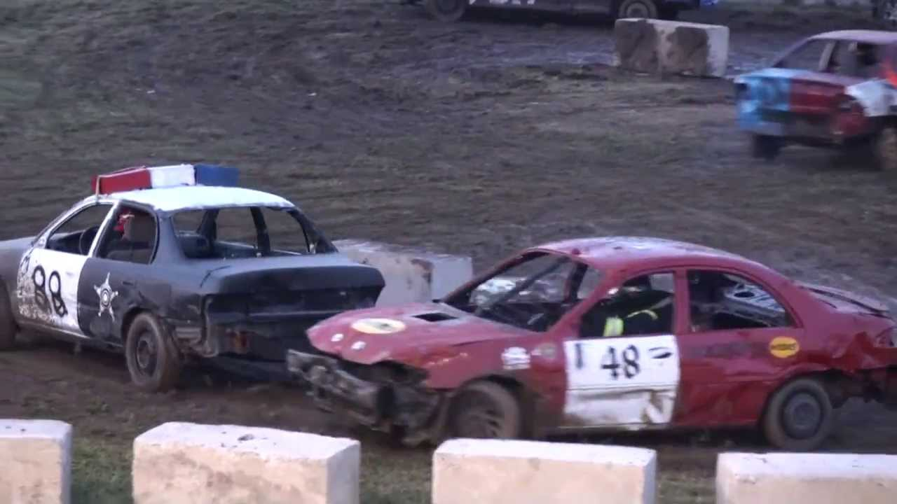 Woodstock Demolition Derby Figure Race Youtube