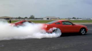 Ford Mustang GT 2011 Videos