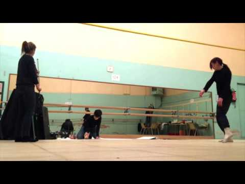 Théatre Improvisation laboratoire recherche artistique Lyon Dessin Danse Violon