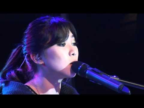 ISYANA SARASVATI - KEEP BEING YOU (LIVE)